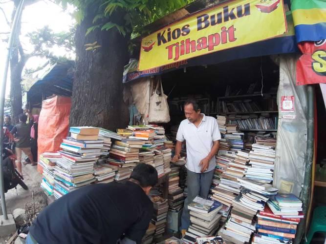 6 Tempat Berburu Buku Murah Di Bandung Ini Wajib Dikunjungi Para Pecinta Buku Star Glam Magazine