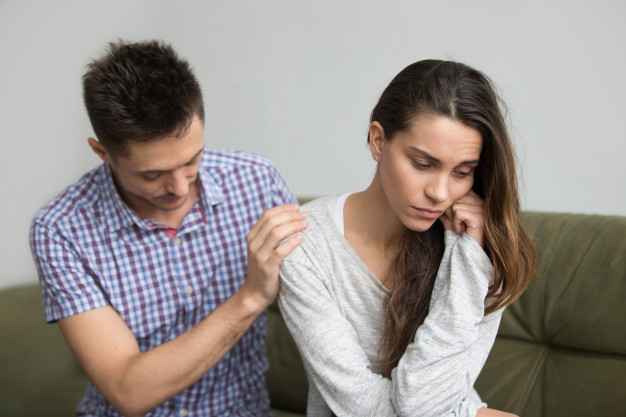 husband-supporting-comforting-upset-depressed-wife-infertility-sympathy-concept_1163-4754