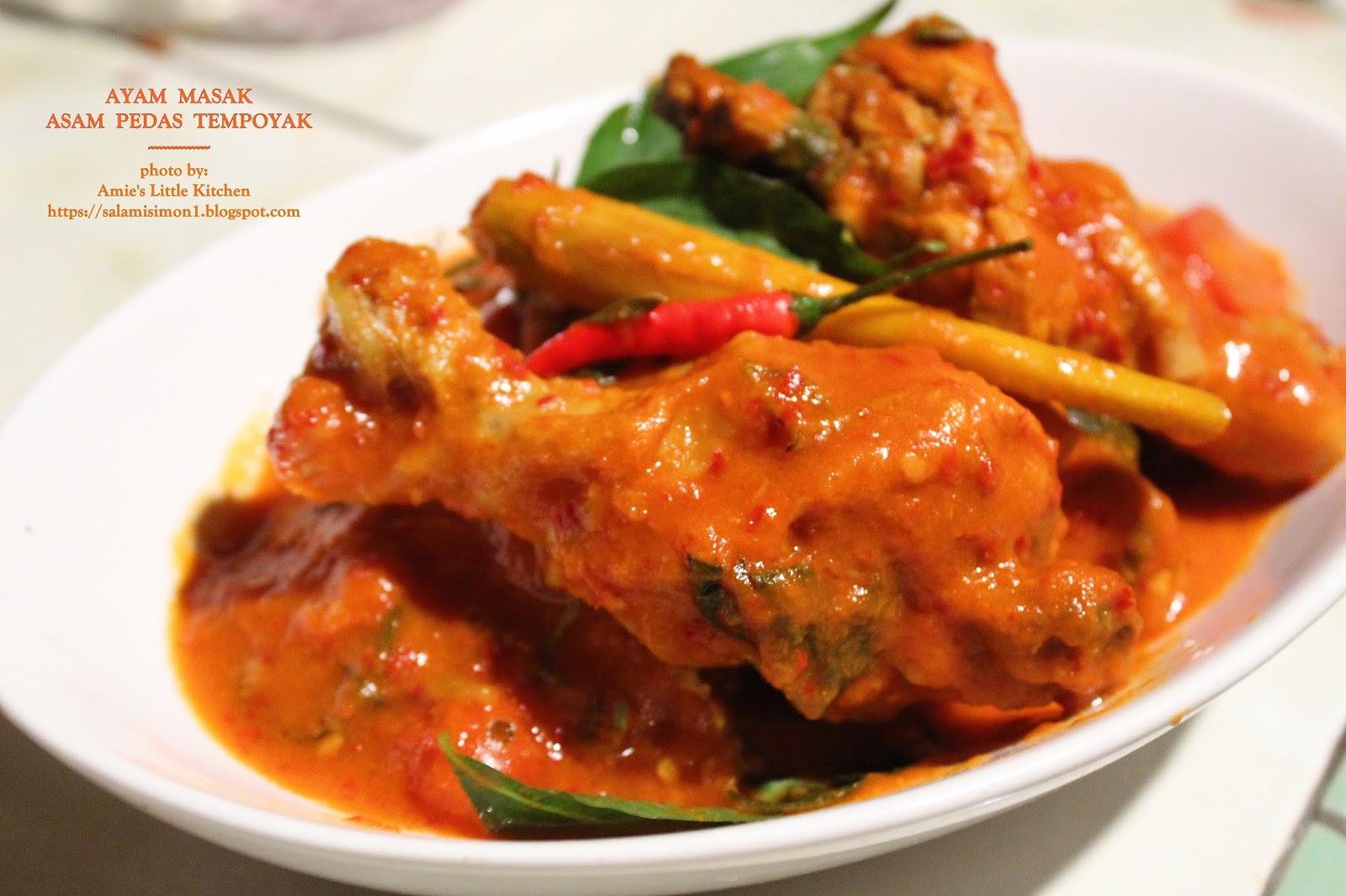 AMIE'S LITTLE KITCHEN: Cara Masak Asam Pedas Tempoyak Ayam