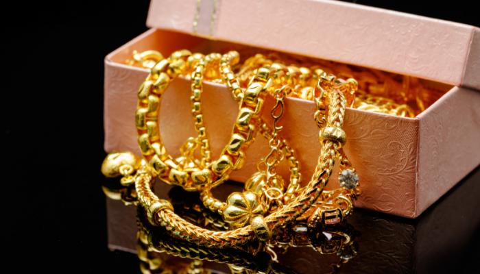Tips Merawat Berbagai Jenis Perhiasan Agar Tetap Awet