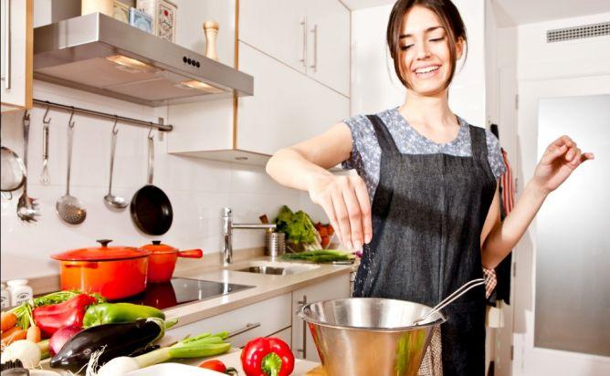 10 Tips Makan Hemat Namun Sehat Ala Anak Kos - Berita   Tips   Status WA