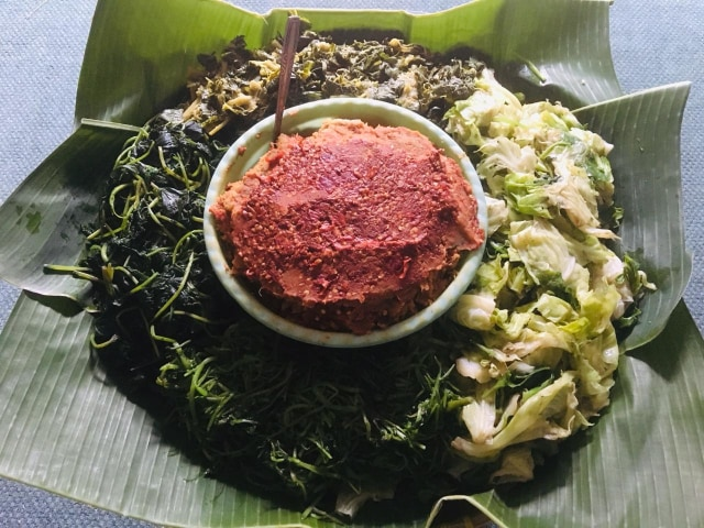 This image has an empty alt attribute; its file name is rujak-teplak.jpg